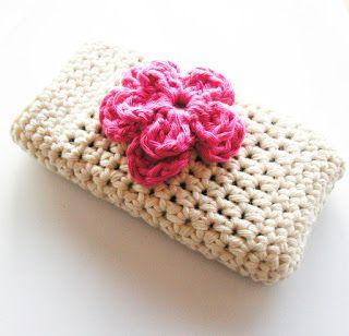 30-Stylish-DIY-Crochet-Phone-Cases-25
