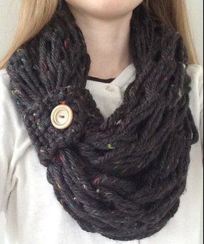 Arm Knitting Scarves Ideas 1