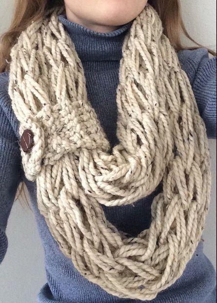 Arm Knitting Scarves Ideas 3