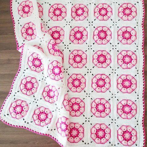 Crochet African Flower Blankets 7