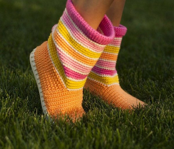 Crochet-Boot-Slippers-2