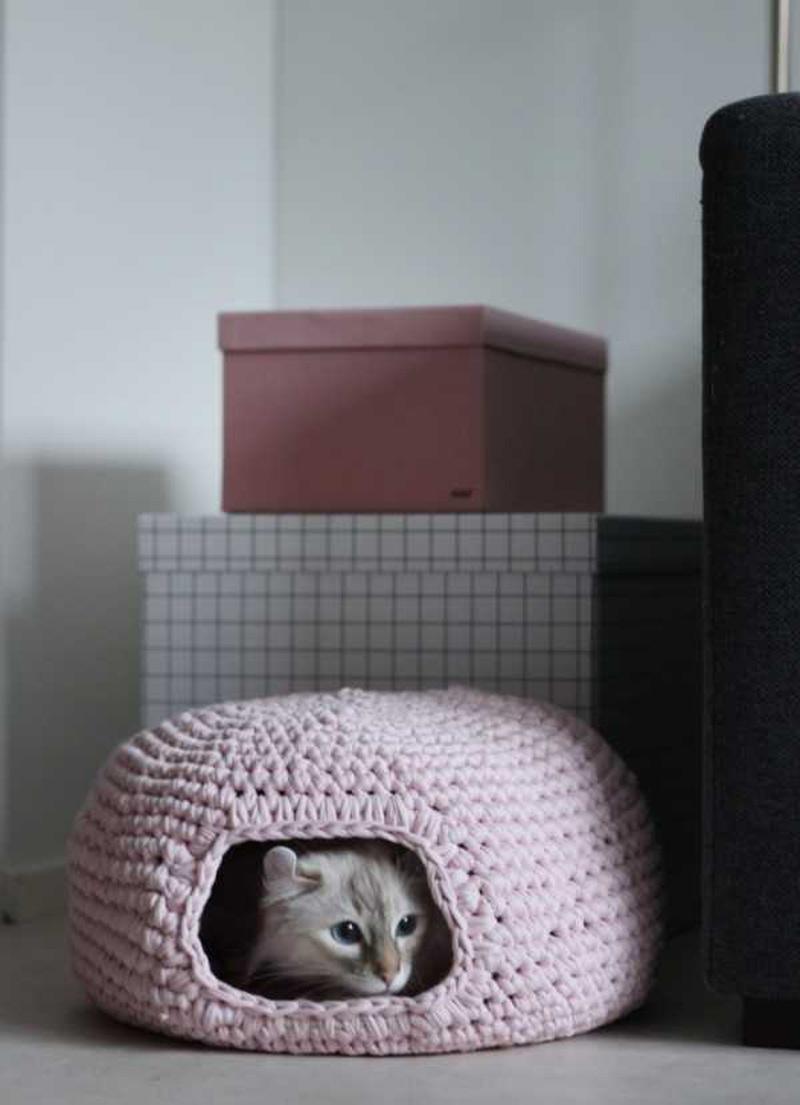 Crochet-Cat-Cave-4