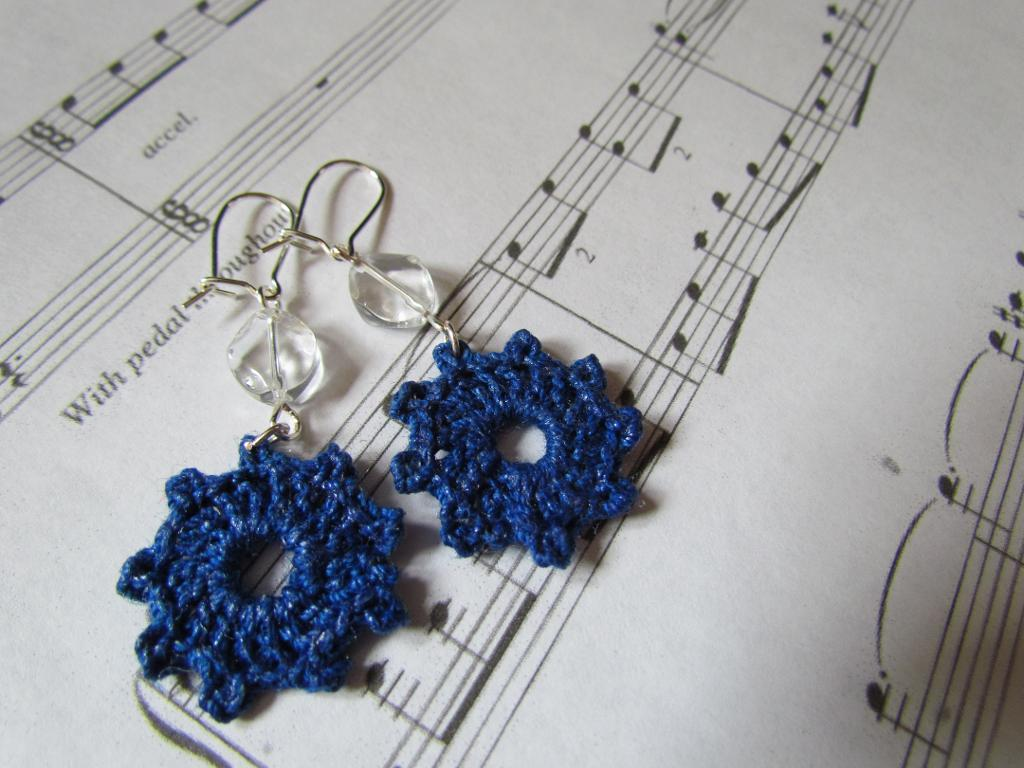 Crocheted-Jewelry-11