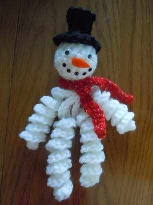 Curly-Snowman-Ornament