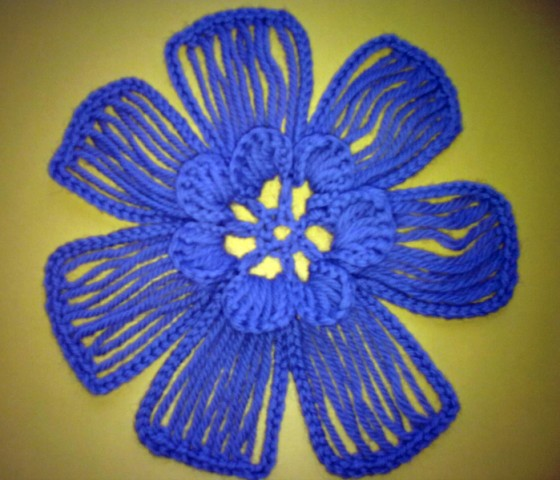 DIY-Crochet-Flower-with-Crochet-Fork-and-Hook15