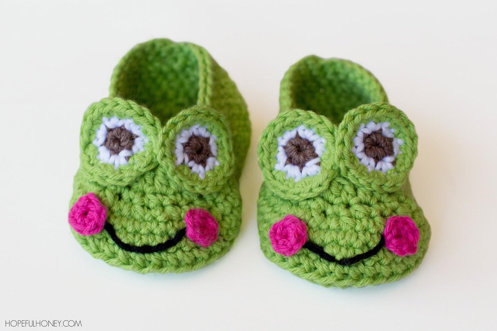 Frog-Baby-Booties-Crochet-free-Pattern