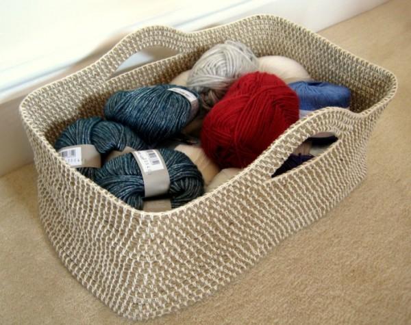 How-to-DIY-Crochet-Rope-Basket3-e1433619024317