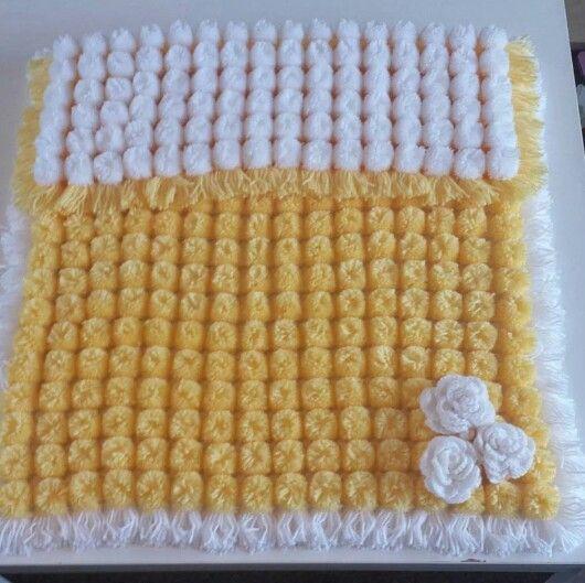 Pom Pom Baby Blanket 3