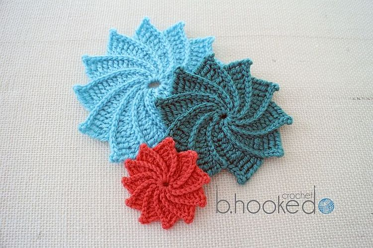10+ Free Crochet Flowers Patterns