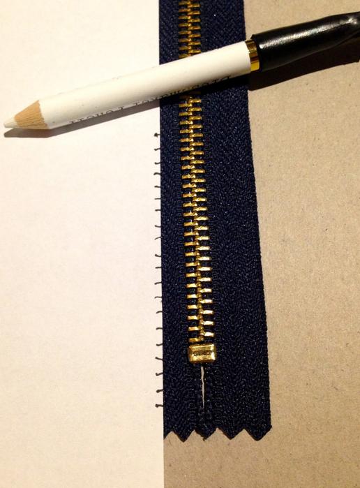 attach-zipper-to-sweaters4 (1)