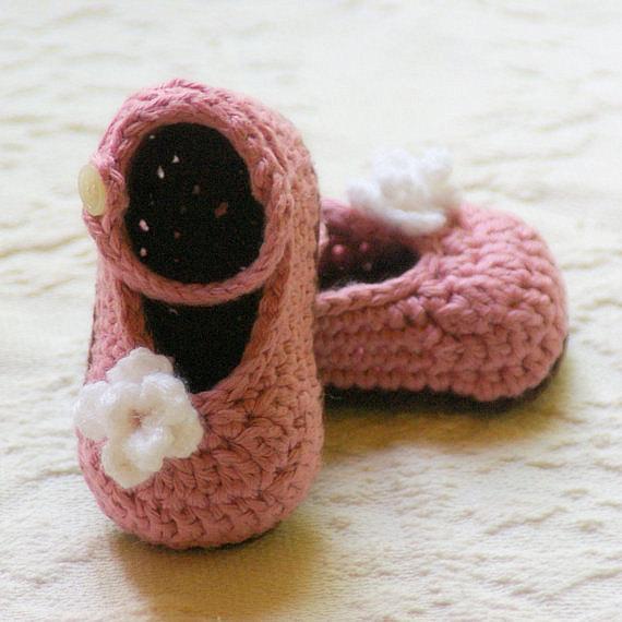 crochet-baby-booties-3