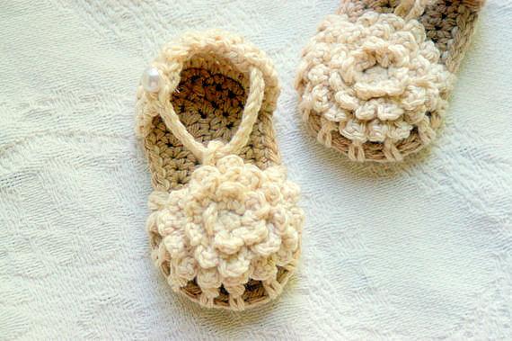 crochet-baby-booties-4