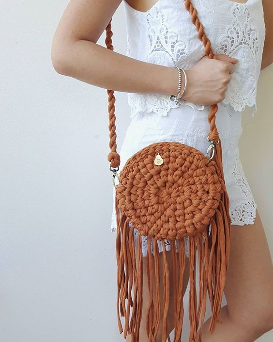crochet bags with fringe 10