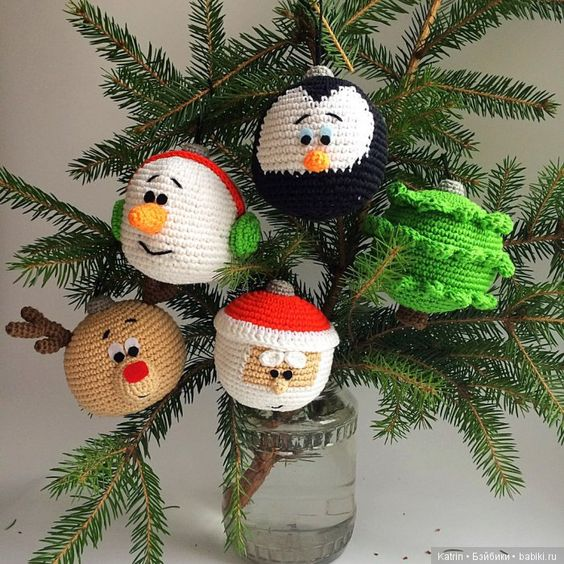 crochet christmas ball ornaments 4