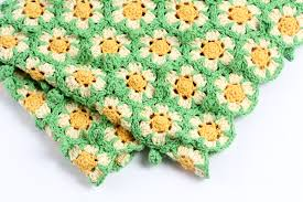 crochet daisy flower blanket 2