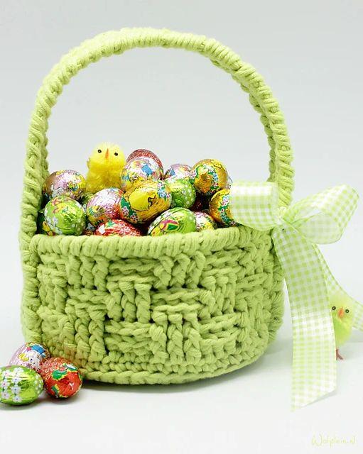 crochet easter basket 10