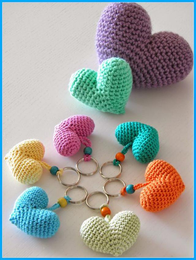 crochet keychain 1