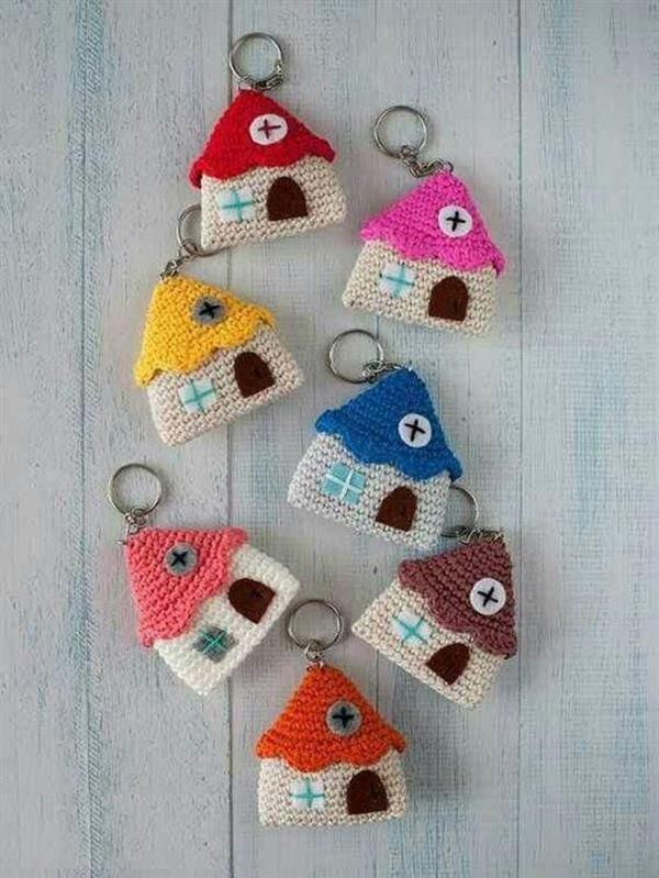 crochet keychain 11