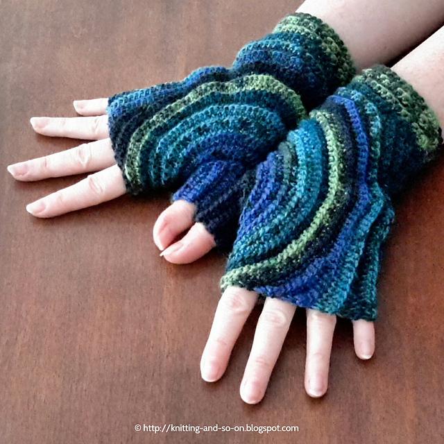 crochet-mittens-1