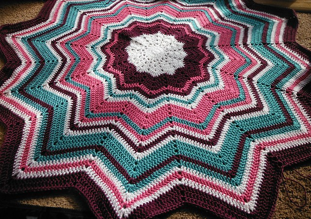 crochet-ripple-blanket