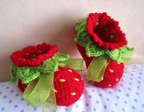 crochet strawberry booties 2