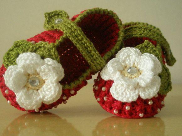 crochet strawberry booties 6