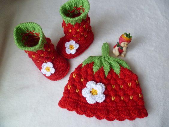 crochet strawberry booties