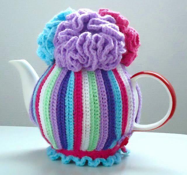 crochet teapot cover 8