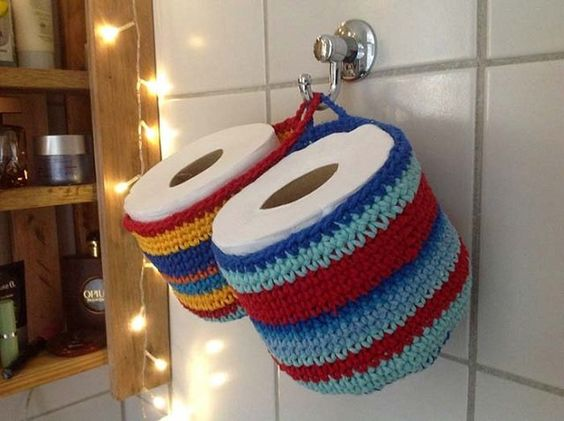 crochet toilet paper holder