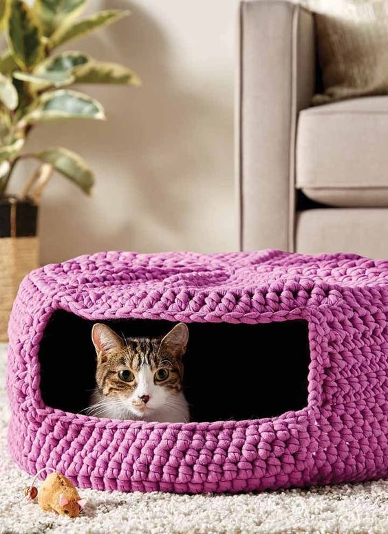 diy Crochet Cat Cave 3