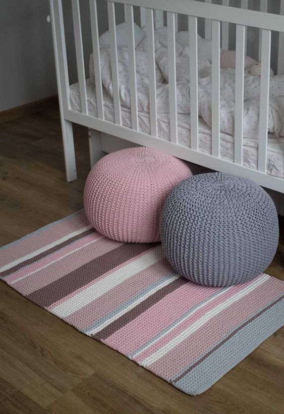 how to crochet a floor pouf 2