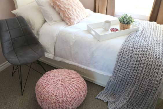how to crochet a floor pouf 4