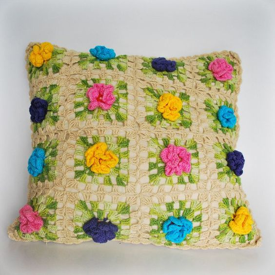 pillows decorated with crochet 12