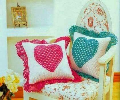 pillows decorated with crochet 13