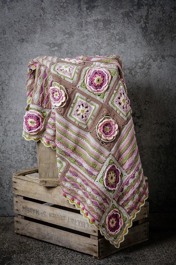 stylecraft-lily-pond-blanket-1
